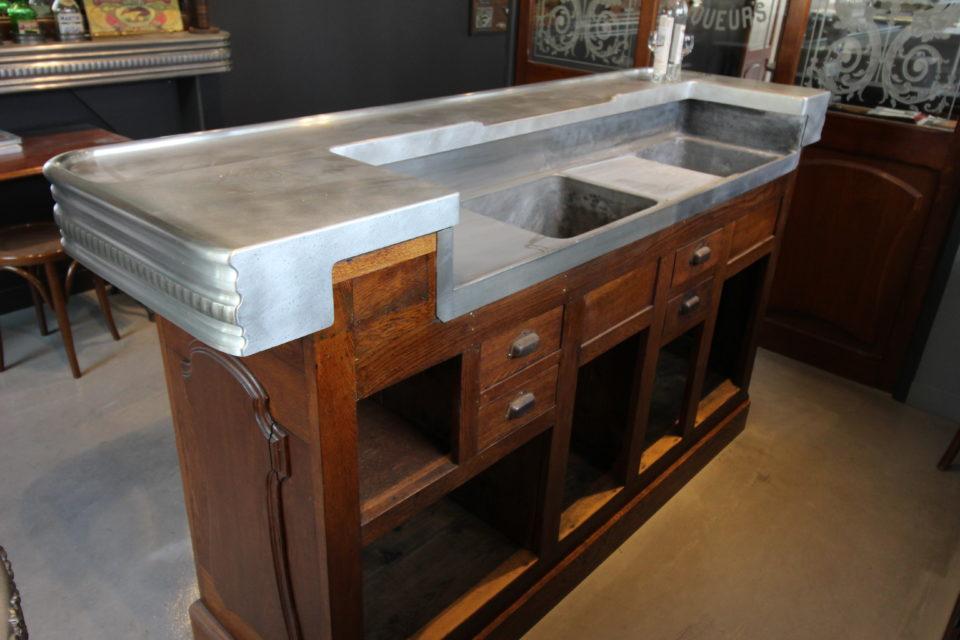 Comptoir ancien en étain restauré